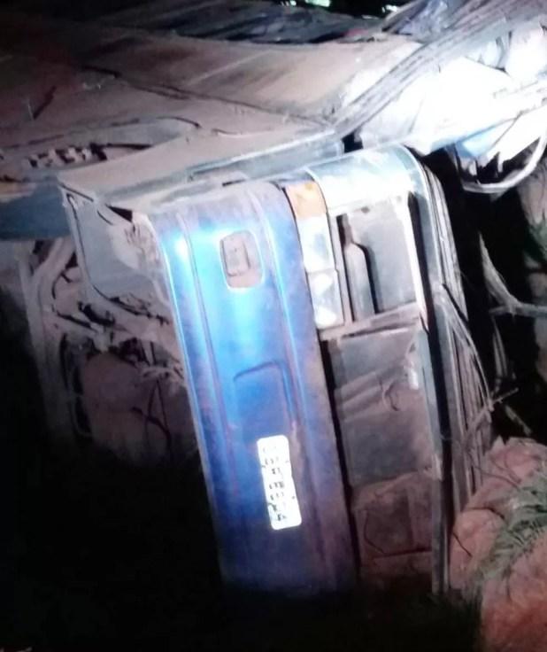 Acidente ônibus BR-146 em Serra do Salitre (Foto: Corpo de Bombeiros/Divulgação)