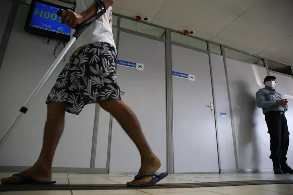 Justiça de Pombal promove mutirão de perícias médicas do INSS, no Sertão da Paraíba — Foto: Bruno Cabral/SVM