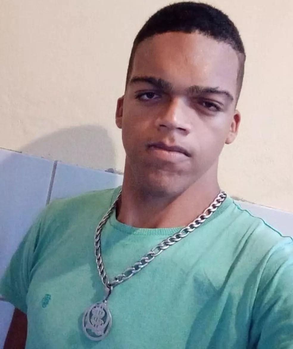 Rodrigo Mota, aos 22 anos - foto de 2021 — Foto: Arquivo pessoal