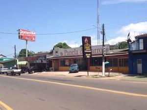 Bares e restaurantes no centro e na orla de Macapá foram fiscalizados (Foto: John Pacheco/G1)