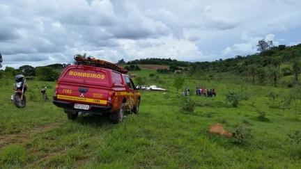 Queda aconteceu perto do aeroporto de Patos de Minas — Foto: Paulo Barbosa/G1