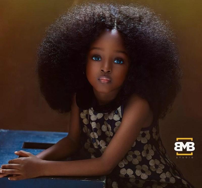 """""""Eu quero retratar a interceptação entre a infância dela e a idade adulta"""", disse Mofe (Foto: Reprodução / Instagram)"""