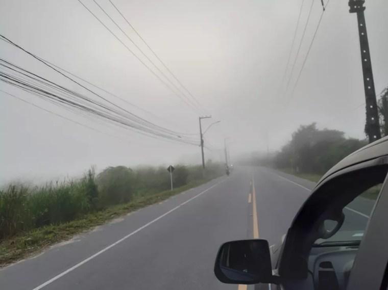 Névoa foi registrada em várias partes do litoral potiguar nesta quarta-feira (27). — Foto: Mariana Rocha/Inter TV Cabugi