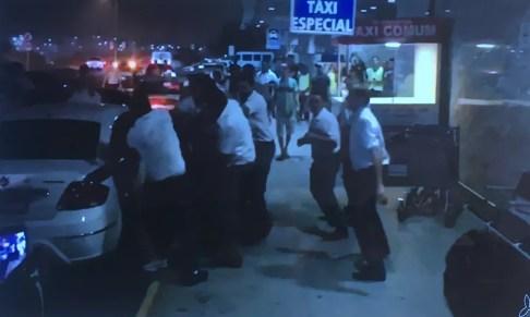 Sindicato dos taxistas e empresa Uber repudiam cena de briga generalizada (Foto: TV Verdes Mares/Reprodução)