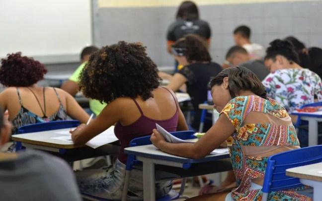 Estudantes de Sergipe fazem simulado do Enem — Foto: Maria Odília/Seduc/Divulgação