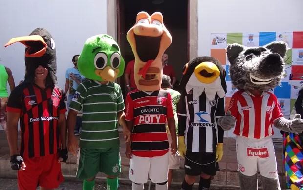 corrida mascotes olinda (Foto: Lula Moraes / GloboEsporte.com)