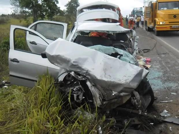 Quatro pessoas morreram em acidente (Foto: Ronildo Brito/ Teixeira News)