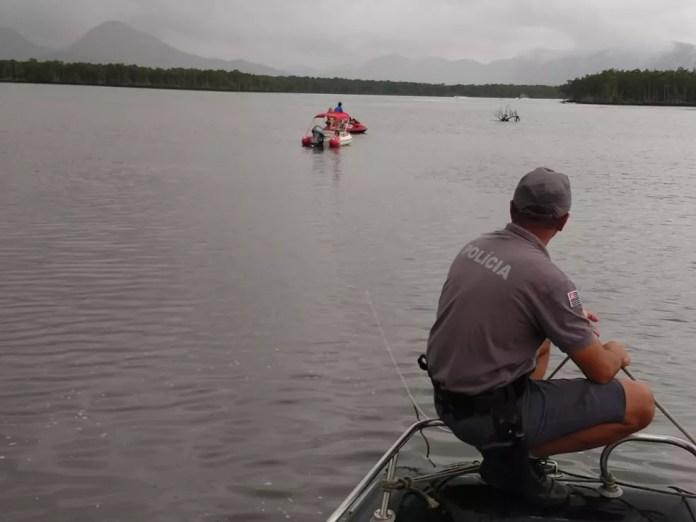 Resgate foi feito por equipes da Polícia Ambiental Marítima — Foto: Divulgação/Polícia Ambiental