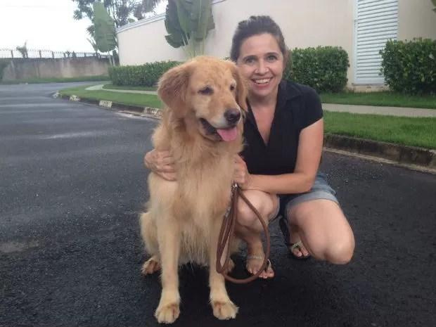 Betina foi a primeira cliente da babá de animais Ana Paula Figueiredo (Foto: Mayara Corrêa/G1)