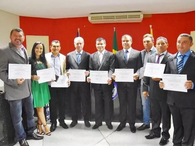 Vereador Paulo José Sarmento (à esquerda) durante cerimônia de diplomação (Foto: Reprodução / Facebook)