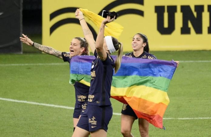 Corinthians campeão brasileiro feminino — Foto: Marcos Ribolli