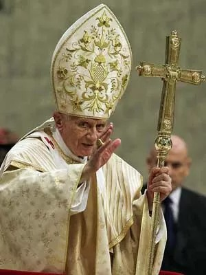 Papa Bento XVI celebra a Missa do Galo (Foto: AP Photo)
