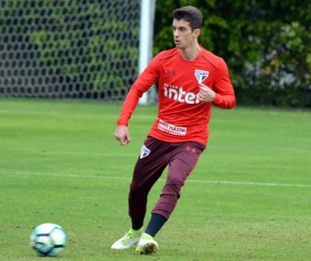 Shaylon marcou um gol na derrota de 3 a 2 para o Santos (Foto: Érico Leonan / saopaulofc.net )