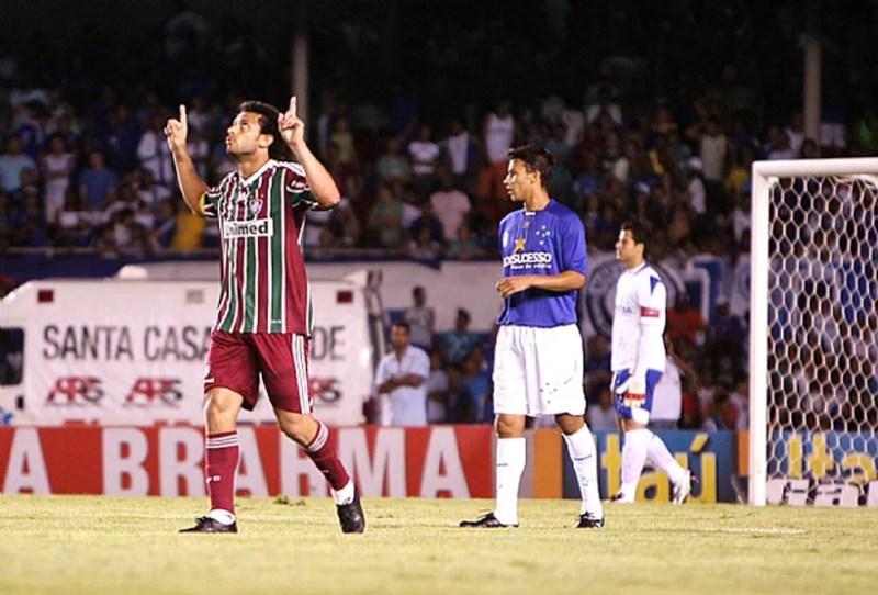 Comemoração Fred do Fluminense contra o Cruzeiro 2009. Um dos jogos marcantes da arrancada — Foto: Photocamera