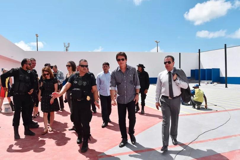 Governador do estado e diretor do Depen visitaram a unidade nesta terça-feira (16) (Foto: Divulgação/Bethise Cabral )