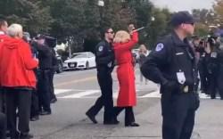 Jane Fonda é presa pela terceira sexta-feira consecutiva - Monet   Notícias
