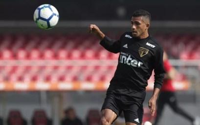 Joao Rojas se destacou nos treinos do São Paulo (Foto: Rubens Chiri/saopaulofc.net)