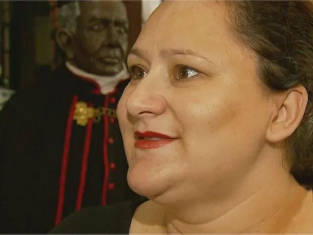 Desacreditada pela medicina, professora de Três Pontas pediu a Padre Victor para ser mãe (Foto: Reprodução EPTV)