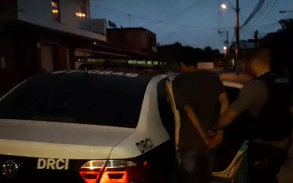Polícia Civil do Rio prendeu jovem na comunidade Nova Era, em Nova Iguaçu (Foto: Divulgação / Polícia Civil)