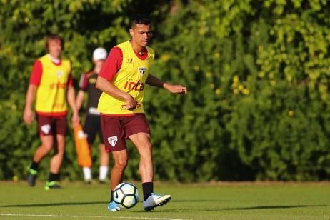 Cícero rescindiu com o São Paulo em setembro e se transferiu para o Grêmio (Foto: Futura Press)