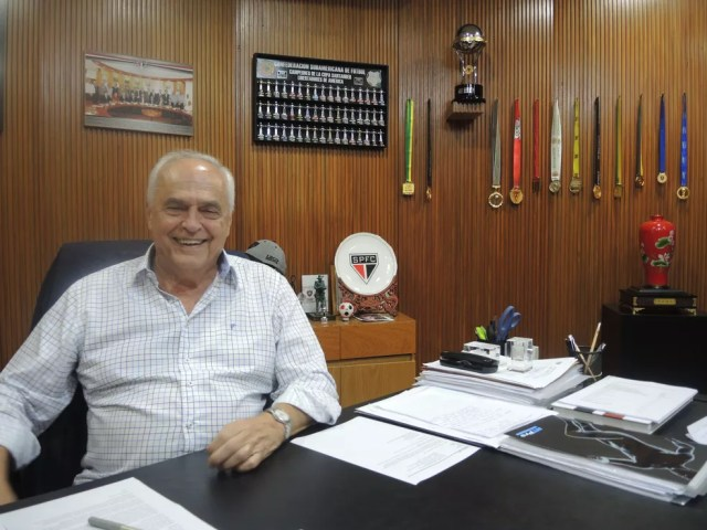 Leco assumiu a presidência do São Paulo após renúncia de Carlos Miguel Aidar, em 2015 (Foto: Alexandre Lozetti)