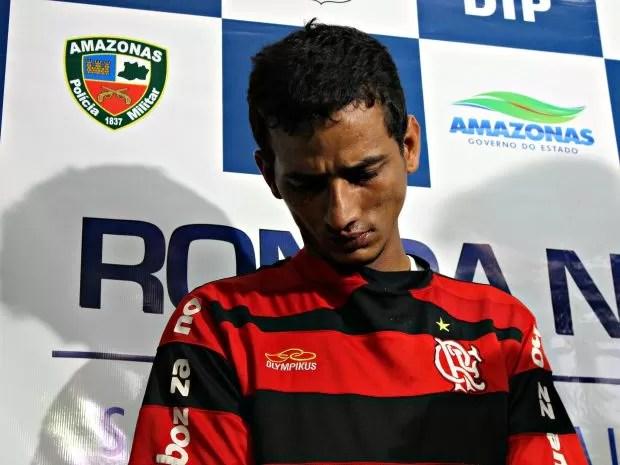 Manoel confessou furtos e disse que vendia objetos para comprar drogas (Foto: Suelen Gonçalves/G1AM)