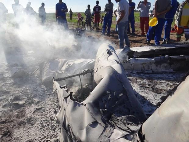 piloto morre em queda de avião no oeste da Bahia; avião cai; queda avisão; luis eduardo magalhães (Foto: Sigi Vilares / Divulgação)