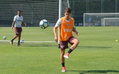 Araruna ganha voto de confiança do técnico Dorival Júnior (Foto: Felipe Espindola/saopaulofc.net)