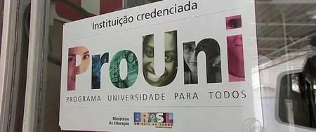 O Programa Universidade para Todos (Prouni) concede bolsas de estudo integrais e parciais (de 50%) em instituições privadas de educação superior (Foto: Arquivo/G1)