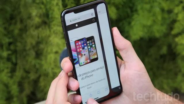 iPhone X permite interação com gestos (Foto: Luciana Maline/TechTudo)
