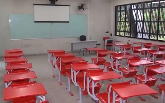 Salas ficaram vazias na Uefs nesta segunda (Foto: Reprodução/ TV Subaé)