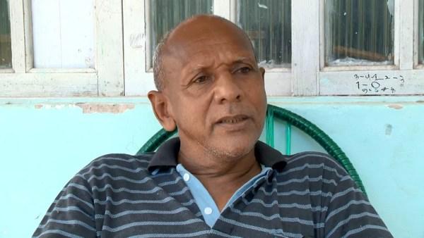 Pai de sobrevivente de raio diz que vida de filho foi presente de Deus, no ES — Foto: Reprodução/ TV Gazeta