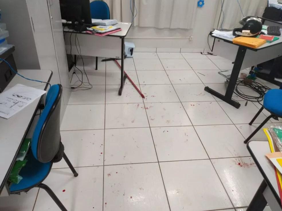 Professor invadiu escola, tentou matar diretora a facadas e foi preso em Rondonópolis — Foto: Polícia Militar/Divulgação