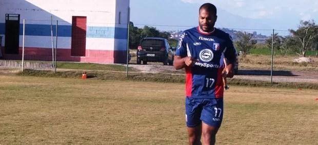 Lenílson no treino (Foto: Filipe Rodrigues/ Globoesporte.com)