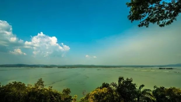 Vista do rio Tapajós; governo planeja usina em uma das regiões mais preservadas da Amazônia (Foto: Greenpeace Fabio Nascimento)