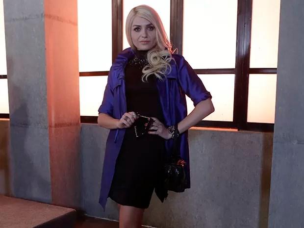Monica Iozzi aparece irreconhecível como Scarlett (Foto: Felipe Monteiro/Gshow)