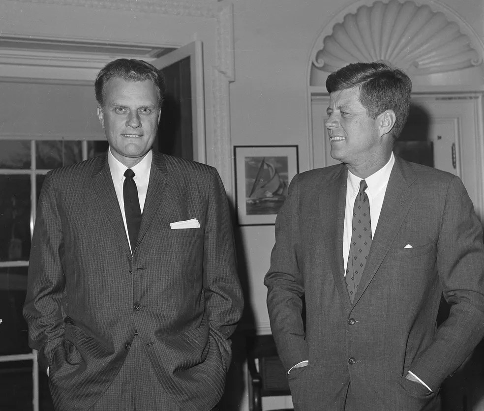 Billy Graham em foto de 1961 com o presidente John F. Kennedy (Foto: Associated Press)