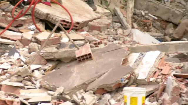 Desabamento em Niterói deixa mortos — Foto: Reprodução/TV Globo