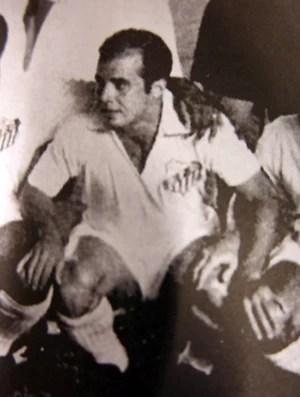 Almir Pernambuquinho bimundial Santos (Foto: Reprodução / Livro 'Na Raça' - Editora Realejo)