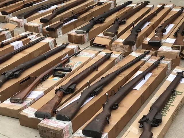Armas apreendidas por autoridades argentinas e americanas iam para o Rio de Janeiro — Foto: Divulgação/Gendarmeria Nacional (Argentina)
