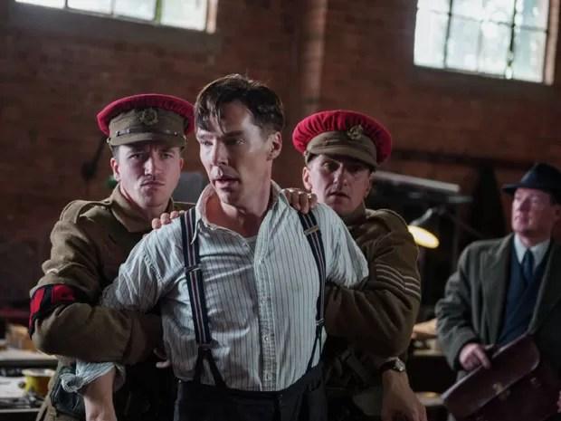 O ator Benedict Cumberbatch em cena de 'O jogo da imitação' (Foto: Divulgação)