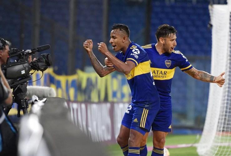 Sebastian Villa e Eduardo Salvio, outras ameaças do Boca — Foto: Reuters