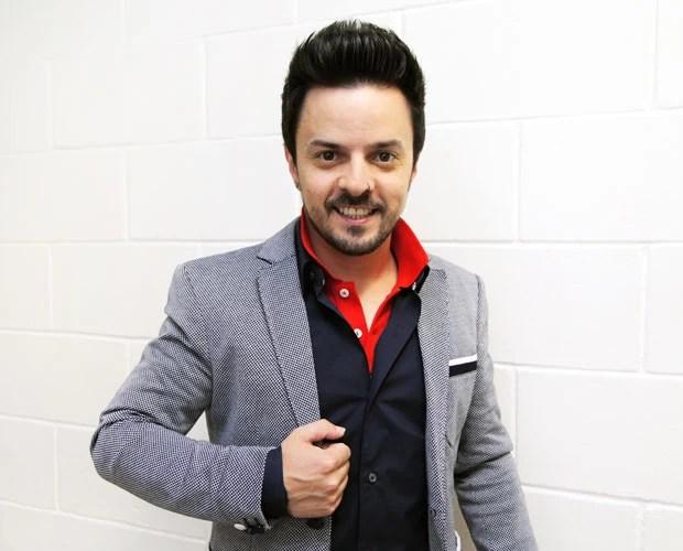 Rubens Daniel momentos antes de subir ao palco na 2ª noite de Shows ao Vivo (Foto: Fabiano Battaglin/The Voice Brasil)