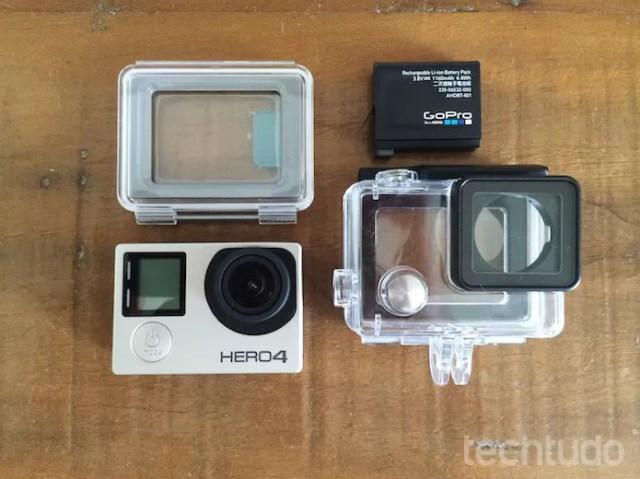 Alguns componentes do kit básico (Foto: Victor Teixeira/TechTudo)