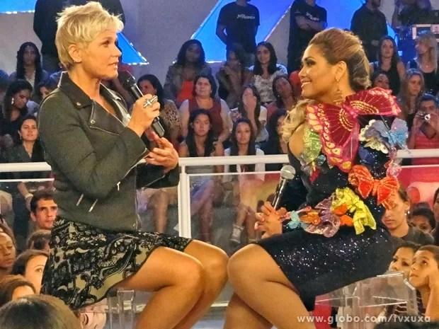 Gaby Amarantos conversa com a rainha sobre família, carreira e vida (Foto: TV Xuxa / TV Globo)