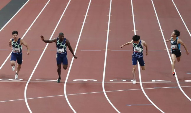Justin Gatlin vence os 100m no evento-teste — Foto: Reuters/Kim Kyung-Hoon