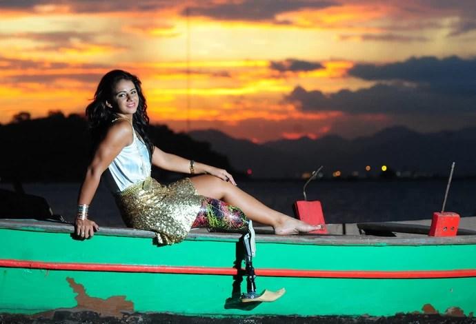 nadadora paralímpica Camille Rodrigues (Foto: Márcio Oliveira/Divulgação)