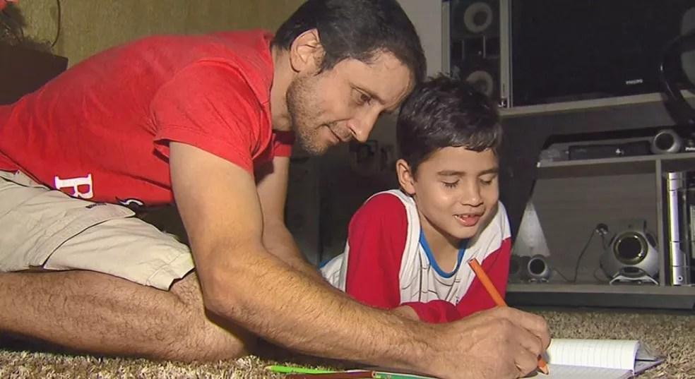 EPTV mostrou o caso de João Vitor em 2015 em São Carlos — Foto: Arquivo/EPTV