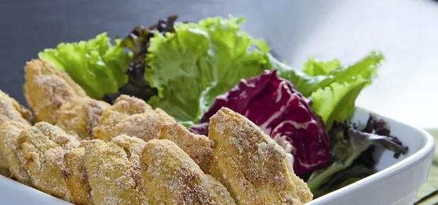 quintal, na cozinha, frango em bolinhos, 2 (Foto: Raoni Maddalena)