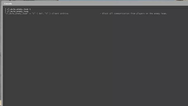 O comando cl_mute_enemy_team é muito útil para evitar provocações — Foto: Reprodução/Gabriel Saguias